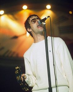 The future's mine and it's no disgrace, cos in the end the past means nothing : ©Brian Rasic.   #LiamGallagher, #Oasis.