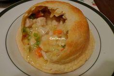 Pastel de pollo con bacón ahumado: http://pastel-de-pollo-con-bacon-ahumado.recetascomidas.com/