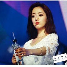 "33 Likes, 1 Comments - @yolanda31938 on Instagram: ""#T_ARA 👑 Eunjung 💕  Taipei Concert  #티아라 #은정 #지연 #효민 #소연 #큐리 #보람  #HahmEunjung  #ParkJiyeon…"""