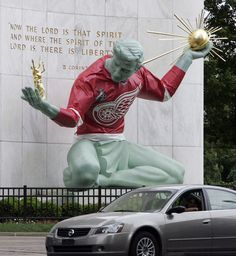 Red Wings fans are the best... All of Detroit sports the spirit for playoffs. Thanks for a great season, Wings :) We'll get 'em next year!