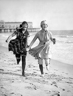 kittyinva: Circa 1920. Kittyinva: This is Norma and Constance Talmadge in 1916.