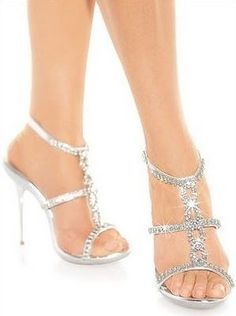 Prom shoes should sparkle but not distract you from the prom dress... These shoes would look best dressed under a simple yet colorful maybe turquoise dress;)