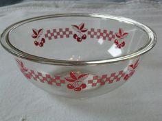 Vtg Pyrex Red Cherry Cherries Bowl Clear Glass Kitchen