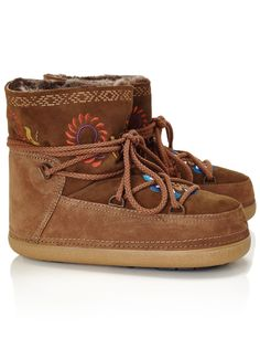 Brown Shearling Embroidered Snow Boots | IKKII | Avenue32