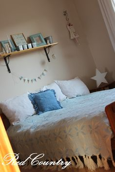 RedCountry háza tája Tao, Furniture, Home Decor, Decoration Home, Room Decor, Home Furnishings, Home Interior Design, Home Decoration, Interior Design