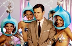 """Ewan MacGregor as Catcher Block in """"Down With Love"""". Even the showgirls had outrageous costumes! Moulin Rouge Movie, Le Moulin, Love Movie, I Movie, Ewan Mcgregor Young, Ewan Mcgregor Moulin Rouge, Running To Stand Still, Down With Love, Hollywood Costume"""