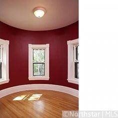 Turret inside Mary Tyler Moore House - 2014 Kenwood Parkway Minneapolis MN #celebrityhomes #marytylermoore