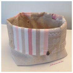 Cestino portapane  patchwork in cotone sui toni rosa ed ecrú, by fattoamanodaTati