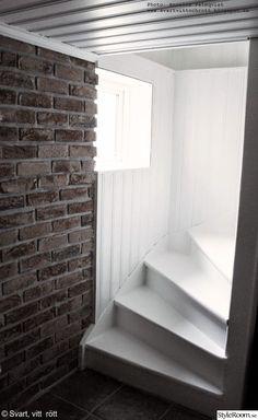 Kellarin portaat Inside Outside, Brick Wall, Stairways, Basement, Living Spaces, New Homes, House Design, Interior Design, The Originals