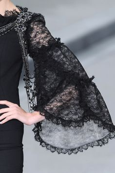 Chanel Haute Couture -take a second to admire that detail like how is that even possible...