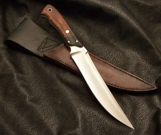 Gage Custom Knives. Simple Beauty.