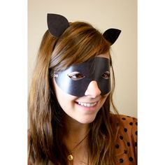 Printable Cat Mask by Lifestyle Crafts. Print on home printer and cut with scissors. #printable #halloween