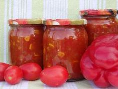 Sos słodko-kwaśny z ananasem Salsa, Food And Drink, Cooking Recipes, Jar, Stuffed Peppers, Vegetables, Spaghetti, Pineapple, Polish