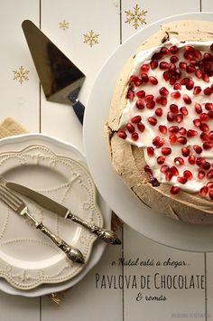 Bocadinhos de Açúcar: Pavlova de Chocolate e Romãs