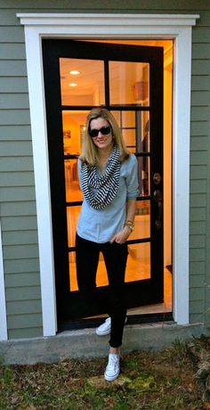 Cute Casual Outfit – Chambray Popover w/ Jeggings, Scarf & Converse