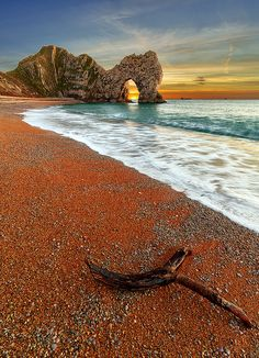 ✯ A view looking out from the beach towards Durdle Door