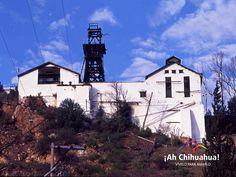 """TURISMO EN CHIHUAHUA En los últimos años del siglo XIX Hidalgo del Parral en Chihuahua, vivió un auge minero propiciado por la renovación de los procesos de extracción de plata en la antigua mina de """"La Prieta"""", en 1926 fue el año con mayor producción de minerales con mil quinientas toneladas extraídas al día. En 1974 cerró sus puertas y hoy puede ser visitada y bajar 87 metros aproximadamente sobre el tiro La Aguileña. www.turismoenchihuahua.com"""