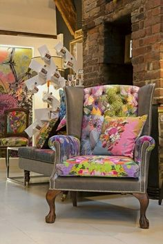 Sofa fabric upholstery Patchwork furniture Patchwork chair Sofa upholstery Funky chairs Chair upholstery - Herman Miller Aeron Chair Size B StuffedChairsFurniture Referral 9272205867 - Funky Furniture, Recycled Furniture, Unique Furniture, Home Decor Furniture, Furniture Makeover, Painted Furniture, Luxury Furniture, Patchwork Chair, Funky Chairs