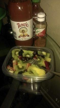 Yumii una rica fruta con chilito