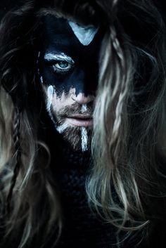 vikingmood by Sollena - Photography (Sandra) / Viking Cosplay, Viking Costume, High Fantasy, Fantasy Art, Fantasy Witch, Viking Face Paint, Viking Makeup, Vikings Halloween, Viking Aesthetic