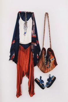 hippie style 120119515036603513 - day 2 fashion week Source by Hippie Style, Look Hippie Chic, Looks Hippie, Mode Hippie, Look Boho, Bohemian Mode, Boho Chic, Bohemian Fashion, Hippie Boho
