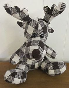 This looks more like Black and white, than brown. Reindeer Doorstop
