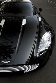Cool Stuff We Like Here @ http://coolpile.com/rides-magazine/ ------- << Original Comment >> ------- Aston Martin