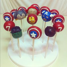 Avengers Party Ideas  Cake Pops omg need to make these@jamie_brundy  For Brodin!