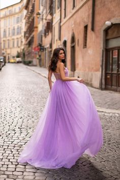 Lilac Formal/Prom Gown - Alamour The Label Tulle Gown, Satin Gown, Divas, Lilac Dress, White Gowns, Mermaid Gown, Tulle Fabric, Stretch Satin, Formal Prom