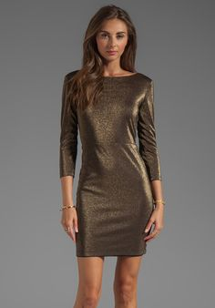 ALICE + OLIVIA Cameo Cutout Back Fitted Dress in Black/Gold - Gold & Black