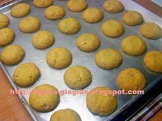 Kourabiedes Recipe, Pastry Cake, Greek Recipes, Muffin, Baking, Breakfast, Food, Baby, Morning Coffee