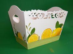 Porta talheres tema limões,com seis divisórias vazado margaridas. <br>Lindíssimo, útil e pode ser levado à mesa.