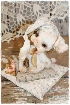 Sweet Dreams By Sadovskaya Tatiana - Bear Pile