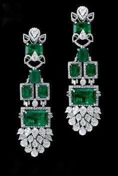 Art Deco Emerald and Diamond Earrings Bijoux Art Deco, Art Deco Jewelry, Jewelry Design, Sterling Silver Jewelry, Antique Jewelry, Vintage Jewelry, Brass Jewelry, Silver Jewellery, Vintage Earrings
