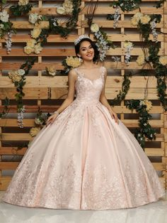 Custom quinceanera dresses in bright colors! These quince dresses can be made in any color. Lots of vestidos de quinceanera to choose from. Xv Dresses, Quince Dresses, Fashion Dresses, Prom Dresses, Wedding Dresses, Chiffon Dresses, Bridesmaid Gowns, Fall Dresses, Long Dresses