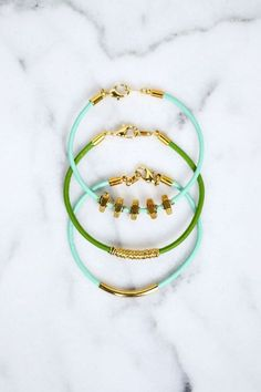 DIY 3 Delicate Leather Bracelets from A Beautiful...