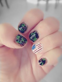 Veterans Day nails. DIY. Patriotic nails. USA nail art. Camouflage nail design.