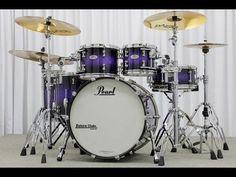 So pretty :D Pearl Drums, Nagano, Drums Artwork, Pearl Love, Karaoke Party, Music Machine, Vintage Drums, Old Rock, Custom Guitars