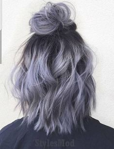 35 Short Ombre Hair Color Ideas for Brunettes That Are Trending for Short Ombre Hair Are you looking for short hair ombre? Then these 35 short ombre hair color ideas for brunettes that are trending for 2019 will be yo. Hair Inspo, Hair Inspiration, Short Hair Updo, Short Dyed Hair, Colored Short Hair, Wavy Updo, Short Hair Colour, Short Pastel Hair, Short Silver Hair