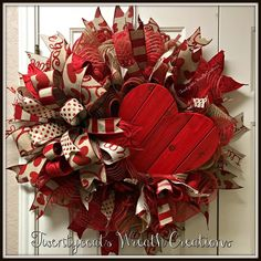 Valentine& Day deco mesh wreath with Terri Bow by Twentycoats Wreath Creations diybedroomdecorforteens Valentine Day Wreaths, Valentines Day Decorations, Valentine Day Crafts, Holiday Wreaths, Holiday Crafts, Valentine Cupid, Valentine Images, Printable Valentine, Homemade Valentines