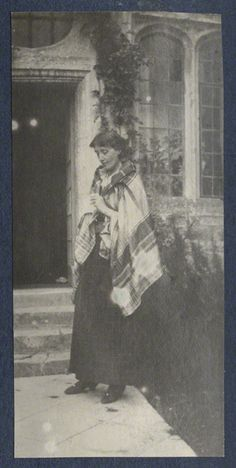Virginia Woolf by Lady Ottoline Morrell, vintage snapshot print, circa 1917 © National Portrait Gallery, London.