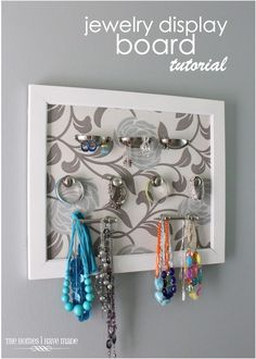 Let me show you how I created this jewelry display board using an old frame and assorted hardware. You're going to love this simple DIY tutorial! Playroom Organization, Jewelry Organization, Organization Hacks, Organizing Tips, Diy Craft Projects, Diy Crafts, Craft Ideas, Diy Ideas, Make Blog