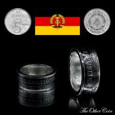 Coin Ring created from 5 Mark DDR(German Democratic Republic) Münzring aus 5 Mark DDR(Deutsche Demokratische republik) Монетное кольцо, созданное из 5 Марк DDR(Германская Демократическая Республика) ----Info---- Year - Jahr - Год:  1975 Material - Материал: Kupfer-copper-медь 10 Micron Silver plated-versilbert-посеребренный Weight - Gewicht - Вес: 8.3g Ring Size - Ring Größe - Размер кольца: 19.5mm - US 9.5 Height - Höhe - высота: ca. 8mm