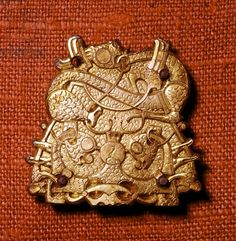 Brooch (gold), Viking / National Museum of Antiquities, Stockholm, Sweden.