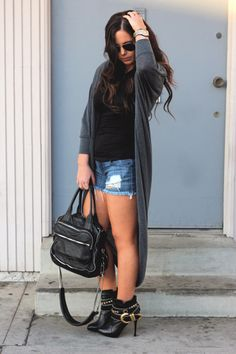 FEELING THE BOOTIE | Pickles & Pumps