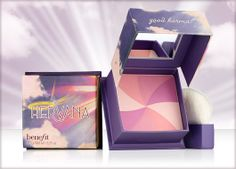 "Benefit Cosmetics: Hervana Face Powder / ""Swirl on this orchid-blossom blush for a heavenly flush of enlightenment! These four shades—lucky shell, divine peach, heavenly rose and berry delight—blend together perfectly to lift your look to cloud My Beauty, Beauty Makeup, Beauty Hacks, Hair Beauty, Make You Up, Cool Things To Make, Benefit Cosmetics, Benefit Makeup, Benefit Blush"