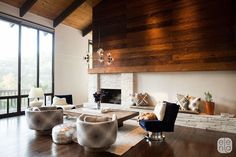 Mod with Wood  - ELLEDecor.com