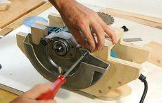 Mesa hecha en casa vio de sierra circular