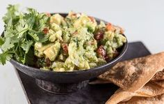 Guacamole by Greek chef Akis Petretzikis. The perfect healthy dip or snack that is extremely aromatic and packed with flavor and is so quick and easy to make! Healthy Dips, Guacamole Recipe, Greek Recipes, Tex Mex, Greek Yogurt, Pesto, Food Videos, Potato Salad, Food And Drink