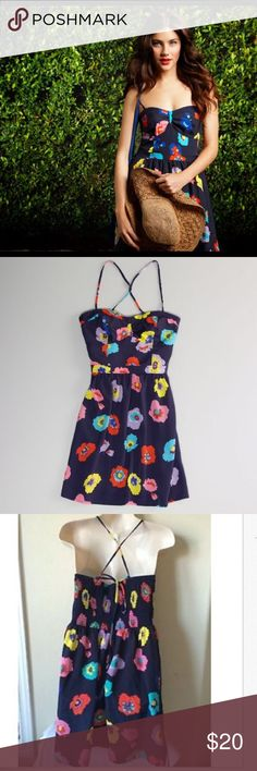 Sale AE navy floral bustier dress Get flirty with this floral bustier dress. Has an elastic back and concealed pockets. This will become your favorite dress ever!!  Completely timeless, machine wash cold, 100% polyester American Eagle Outfitters Dresses Mini